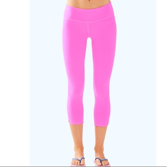 37b18db95ef9bc Lilly Pulitzer Pants - Lilly Pulitzer luxletic weekender leggings small
